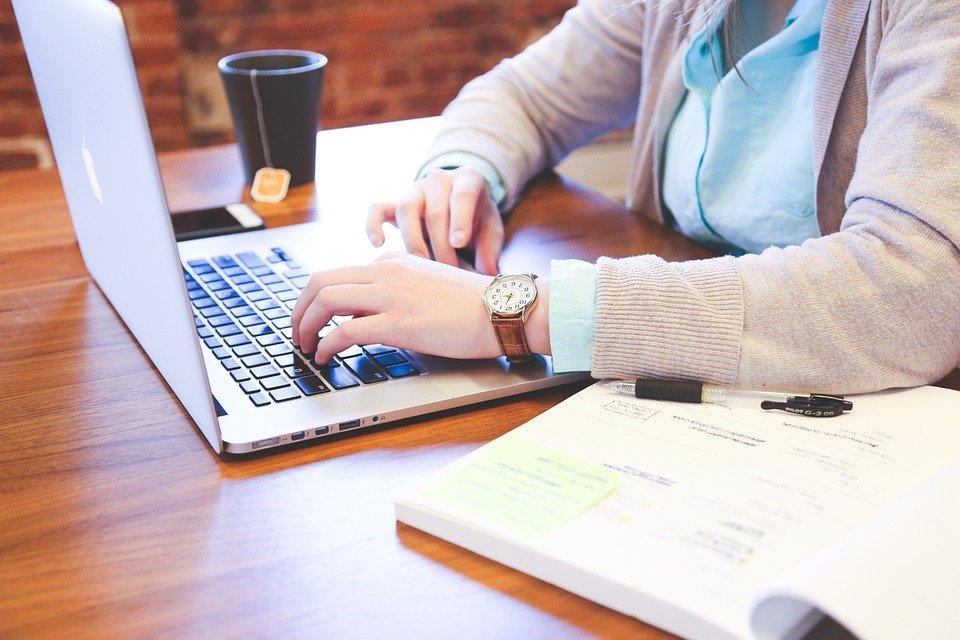 Choisissez des cours en ligne de thérapeute nutritionnel à domicile