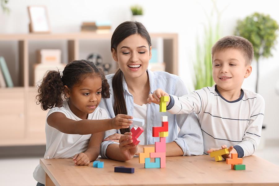 Comment choisir le mode de garde qui sera le plus adapté à votre enfant ?