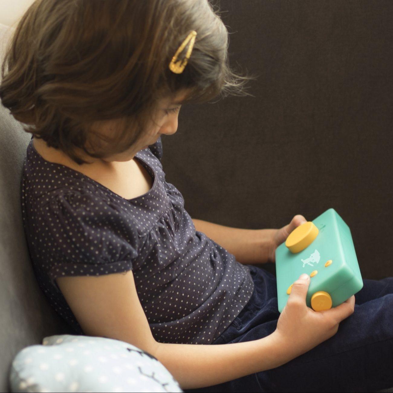 Le conteur d'histoires interactif pour enfants