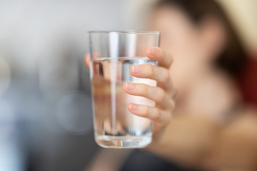 Pourquoi ne faut-il pas boire de l'eau adoucie ?